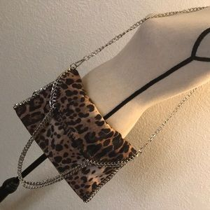 Handbags - NWOT Cheetah Print Purse